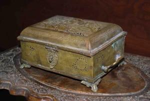 old box 2 - titkan
