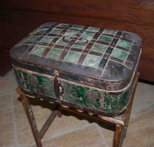 old box 8 - titkan