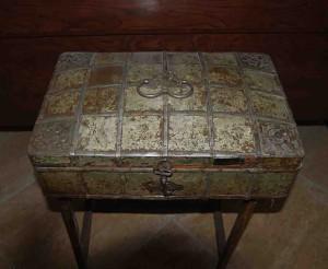 old box 9 - titkan